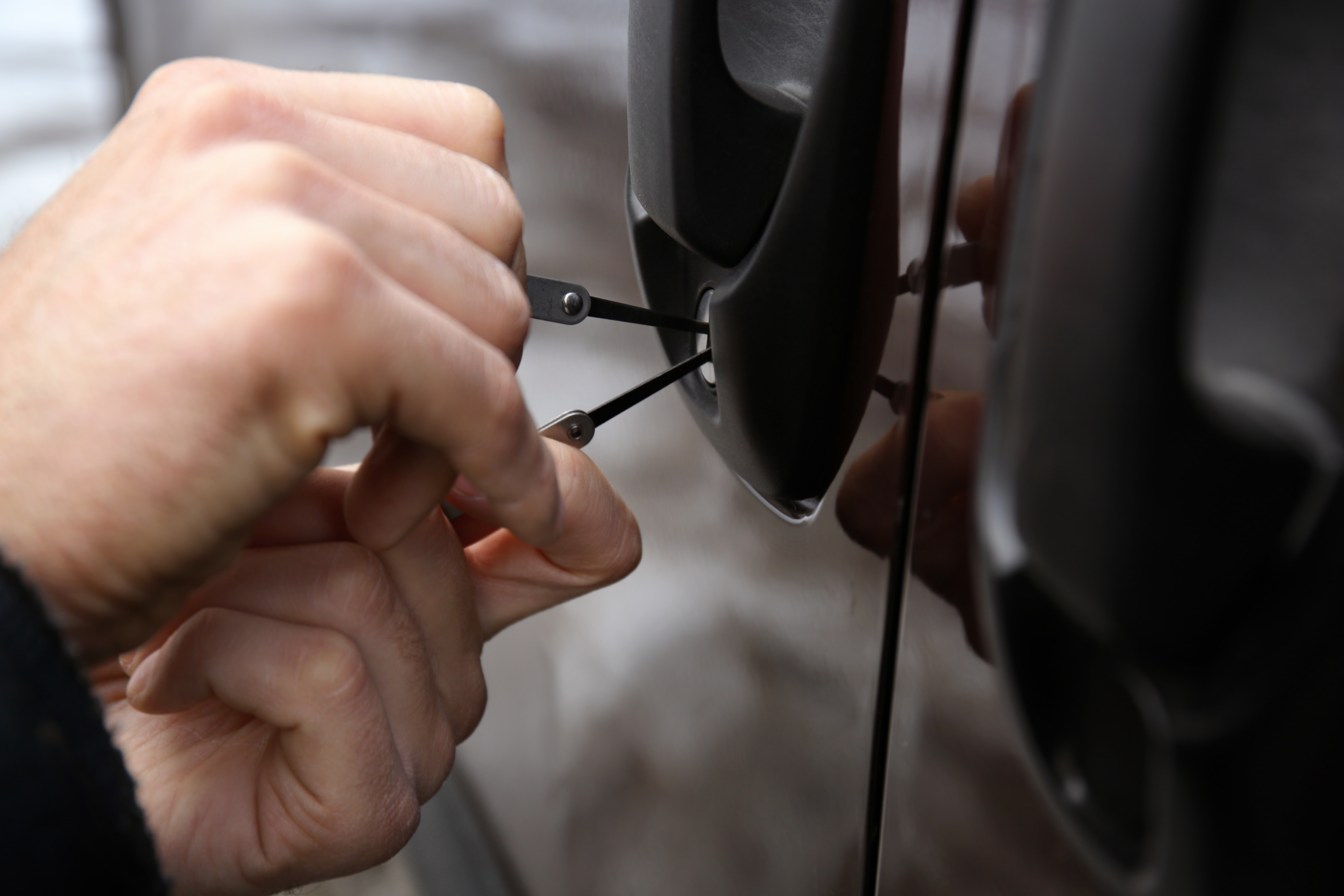 5 ways to unlock your car when locked out