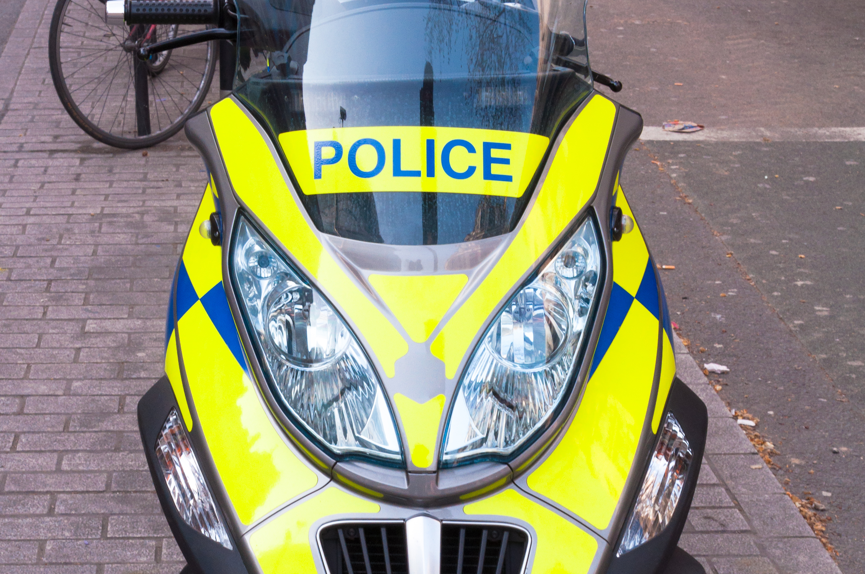 10 reasons why the uk police will pull you over in your car